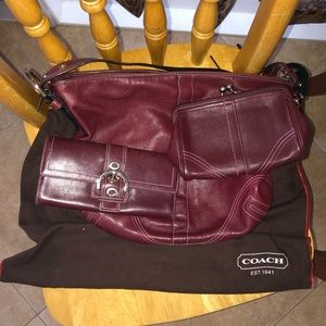 COACH PURSE WITH MATCHING WALLET AND CHANGE PURSE
